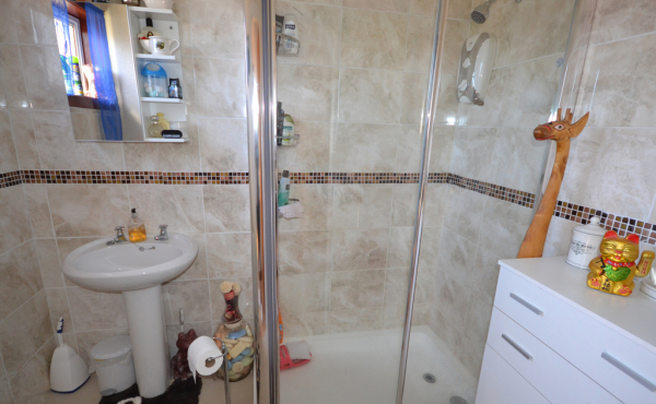 29_logie_drive_crimond_-_bathroom