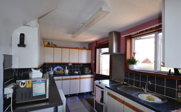 29_logie_drive_crimond_-_kitchen