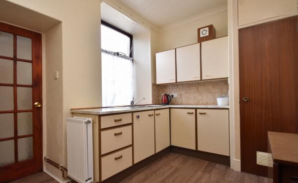 48 college bounds fraserburgh kitchen