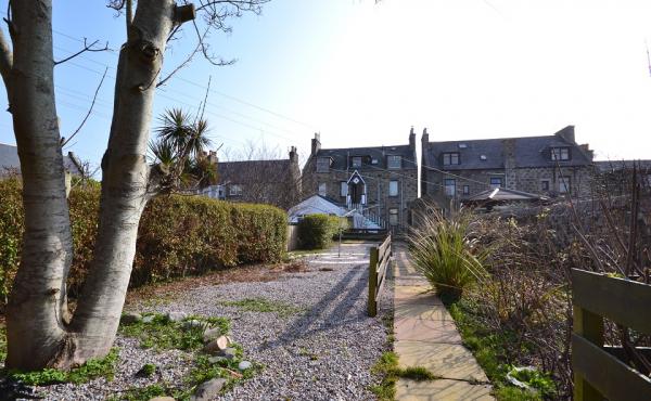 61b saltoun place rear garden2