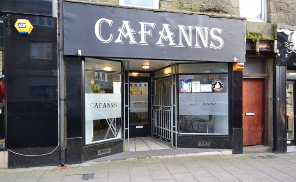 cafeanns front